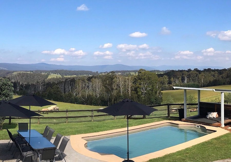 Yarra Valley Accommodation for private yoga retreat hens party